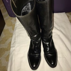Women's Kenneth Cole Riding Boots!